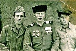 Иван Юртаев с братьями, 1945 год